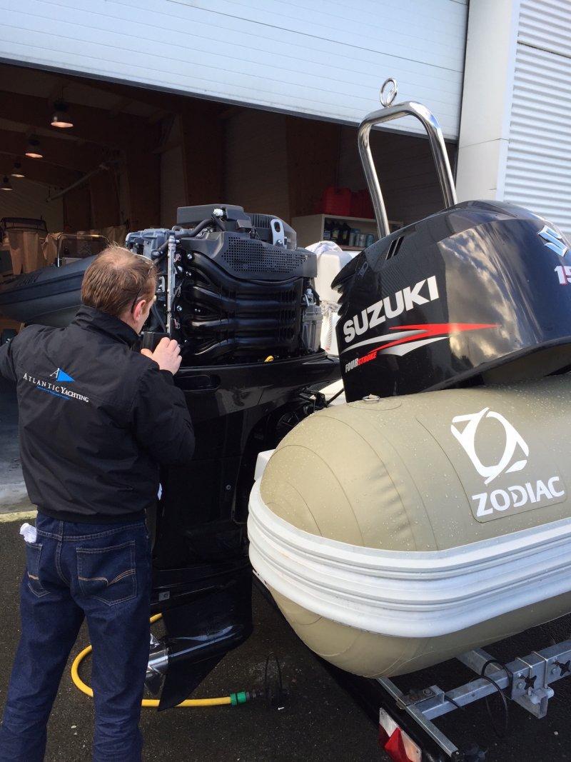 Mécanique bateau hors bord et inboard